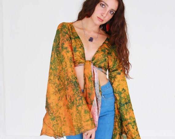SUNSET TIE DYE - Vintage Indian Silk Bell Sleeve - Hippie Crop Top - 70s 60'S Stevie Nicks Style - Psychedelic Kimono Kaftan Cape - Trippy
