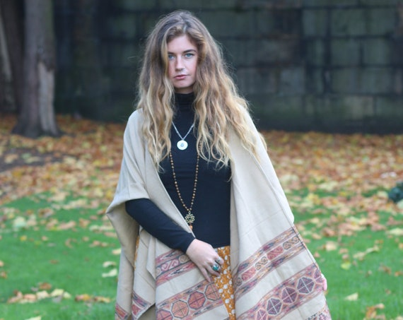 SCARF CAPE KIMONO - Autumn / Fall Kimono - Shawl - Cotton Blanket - Unisex Scarf - Aztec - Oversized Scarf - Vintage - Coat - Winter Jacket