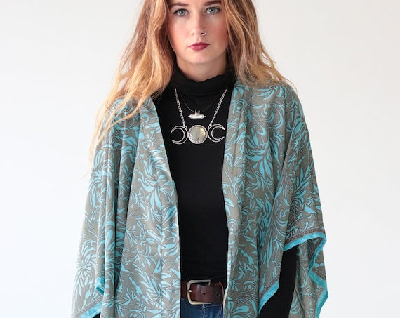70'S STYLE KIMONO - Super soft - Silk Cover Up - Boho - Kaftan - Bespoke  - Paisley - Maternity - Wedding - Retro - Vintage - Paisley - Gift