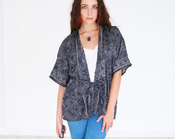 MIDNIGHT CROP KIMONO - Bohemian Silk Top - Slow Fashion - Autumn Wrap - Dressing gown - Lounge wear - Indian jacket - Paisley - Recycled