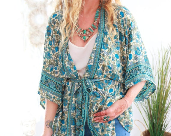 FLORAL CROP KIMONO - Hippie Jacket - Bohemian Kaftan - Vacation - Autumn Wrap Top - Gypsy Style - Indian Recycled Silk - Lounge wear - Home