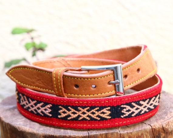HANDMADE CARPET BELT - Vintage Kilim Rug - Moroccan belt - Up-cycled Belt - Recycled Carpet - Aztec Belt - Patterned Leather Boho Accessory