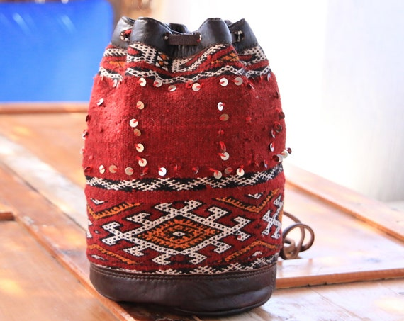 SMALL CARPET DUFFLE - Vintage Carpet bag - Hippie - Duffle Bag - Kilim Handbag - Navajo Style - Sequin Bag - Leather Shoulder bag - Festival