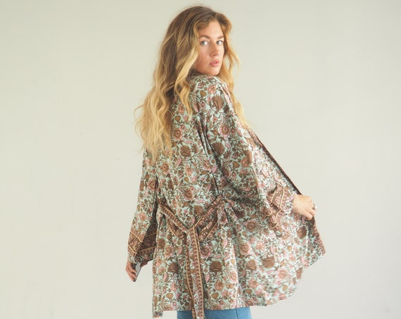 RUBY SPARROW CROP - Bohemian Silk Kaftan - Japanese Style Kimono - Slow Fashion - Shawl - Wrap Top - Indian Jacket - Paisley - Beach cover