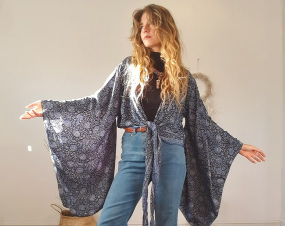 BELLA WRAP TOP - Xl Bell sleeve Kimono - Indian Silk Kaftan - Vintage 70's 60's Style - Fleetwood mac dress - Xmas - Hippie Floaty Jacket