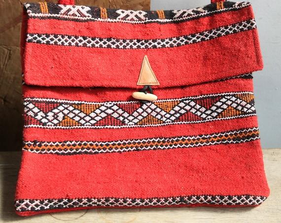 HANDMADE CARPET BAG - Vintage Carpet - Kilim Rug - Moroccan bag - Up-cycled satchel - Recycled Shoulder bag - Student - Eco Friendly bag