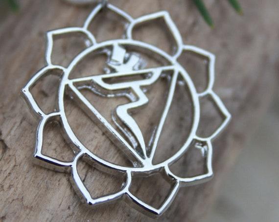 SOLAR PLEXUS NECKLACE - Chakra Necklace -  Solar plexus - Yoga - Spiritual - Crystal - Reiki Necklace - Gift - Christmas - Grounding - Charm