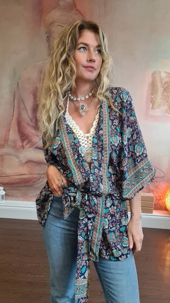 CROP PAISLEY KIMONO - Silk Jacket - Bohemian Kaftan - Vacation - Recycled Fabric - Wedding - Summer Crop - Autumn Shawl - Wrap Top - Gypsy