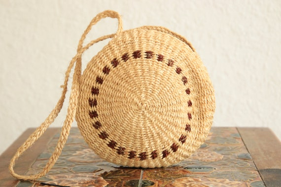 WOVEN RATTAN BAG - Ethnic Vintage bag - Hippie - Summer handbag - Rattan Purse - Straw bag - Handwoven - Embroidered bag - Round Bag - 70's