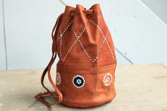 SMALL NAVAJO BAG - Vintage Handbag - Tan Leather Bucket Bag - Moroccan Bag - Recycled Leather Bag - 60's - Leather Purse - Festival bag