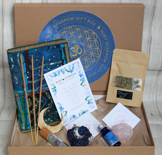 MOMENT OF CALM  - Crystal Gift Box - Self Care Gift Set - Relaxing - Journal - Aura Crystal - Sleepy Tea - Oils - Anxiety gift - Calming