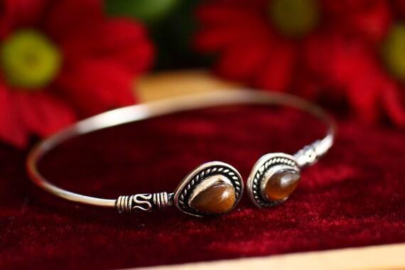 TIGERS EYE CUFF - Silver Plated Bracelet - Healing Crystal Jewellery - Chakra - Statement bangle - Boho - Vintage jewellery - Tibet Style