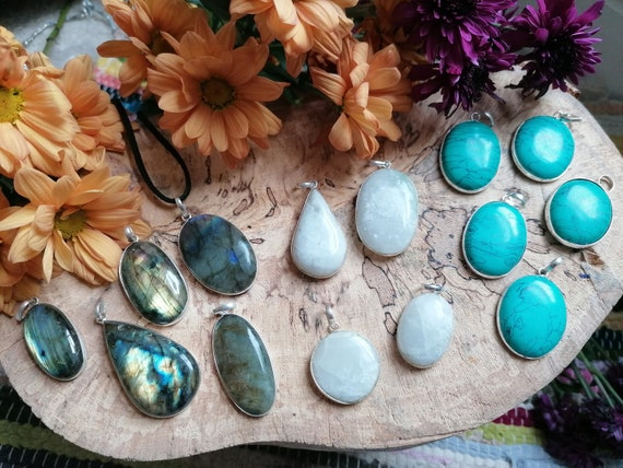 JOB LOT - 15 piece - Silver plated pendants - Wholesale Crystals - Jewellery Making Supplies - Labradorite - Moonstone - Turquoise Gemstones