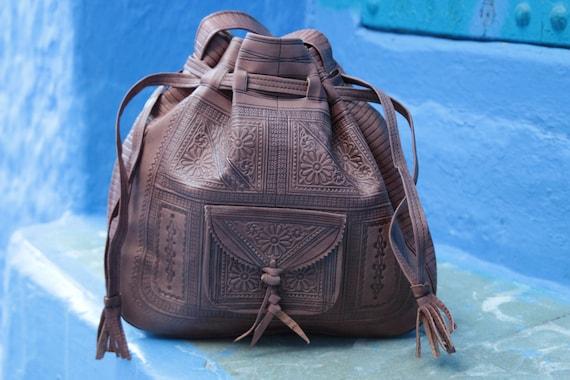 VINTAGE LEATHER HANDBAG - Shoulder bag -  Hand tooled - Satchel - Bespoke - Autumn Fashion - Fall - Bohemian - Hippie - Leather Stamp