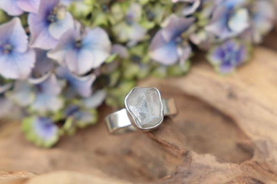 RAW QUARTZ RING - Sterling silver - Quartz Ring - Diamond - Alternative engagement ring - Crystal Ring - Bohemian wedding - Boho - Natural