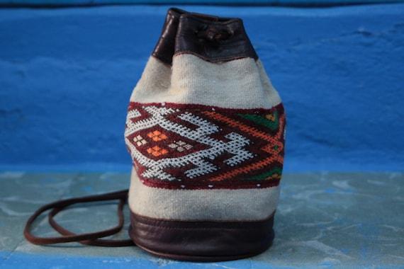 MINI CARPET BAG - Vintage Leather Shoulder bag - Kilim bag - Bohemian - Tribal - Bucket Bag - Satchel - Autumn - 70's - 60's - Christmas
