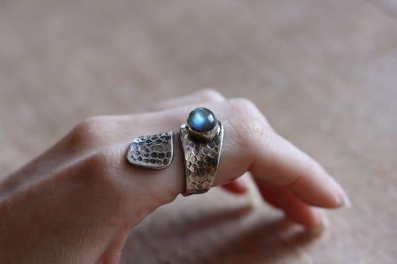 LABRADORITE RING - ADJUSTABLE - 925 Ring - Sterling Silver Ring - Healing Crystal - Gemstone - Gift - Vintage Ring - Oxidised Ring - Bespoke
