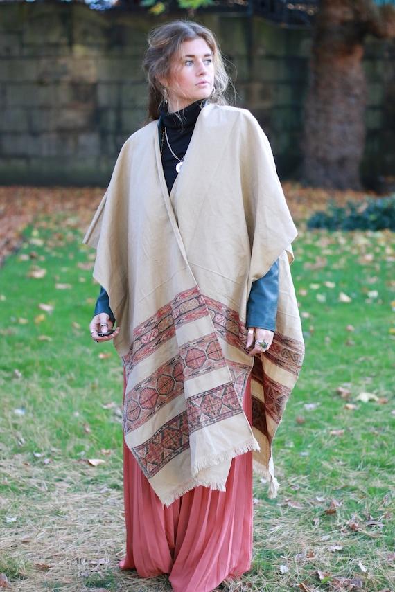 SCARF CAPE KIMONO - Autumn / Fall Kimono - Shawl - Cotton Blanket - Unisex Scarf - Aztec - Oversized Scarf - Vintage - Coat - Winter Jacket