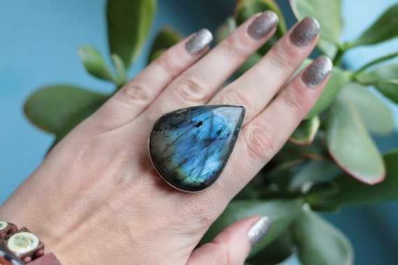 XL LABRADORITE RING - Statement Crystal Ring - Adjustable - Sterling Silver - Healing Crystal - Gemstone - Rainbow - Iridescent - Glowing