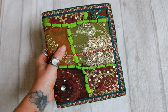 GREEN NATURE JOURNAL - Indian sari notebook - Student & Back to school - Natural - Tree free paper - Positivity - Mindfulness book Gift