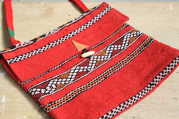 VINTAGE RUG BAG - Vintage Carpet Purse - Kilim Rug - Moroccan Book bag - Up-cycled satchel - Recycled Shoulder bag - School Bag - Eco Bag