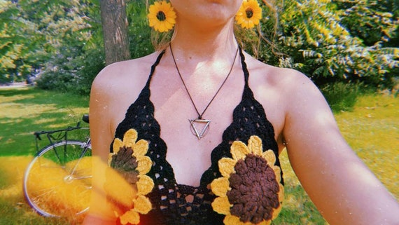 SUNFLOWER BRA - Backless Top - Halter neck - Summer - Mandala - Tank Top - Crochet bralette - flower power - 60s retro top - beach crop