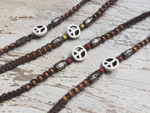 WOODEN PEACE BRACELET- Peace Symbol Bracelet- Macrame Bracelet- Unisex- Surfer Jewellery- Bohemian Bracelet- Vintage Style Bracelet
