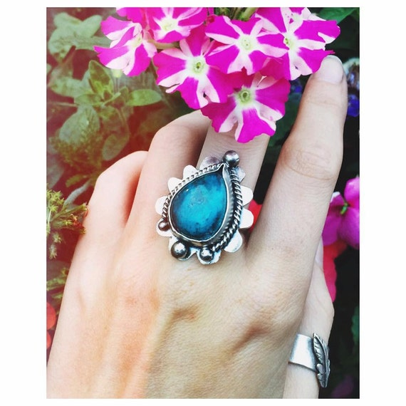 CHRYSOCOLLA FLOWER RING - Sterling Silver Ring - Healing Crystal - Turquoise - Boho - Silver Ring - Statement Ring - Crystal Ring - Handmade