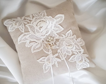 Linen and Ivory ring pillow, lace ring bearer pillow, wedding ring pillow, pearl and lace cushion, hessian ring cushion, rustic wedding
