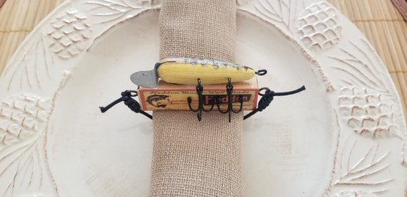 Fishing Theme Decor - Fishing Lure Napkin Ring And Polyester Burlap Napkin - Set of 4
