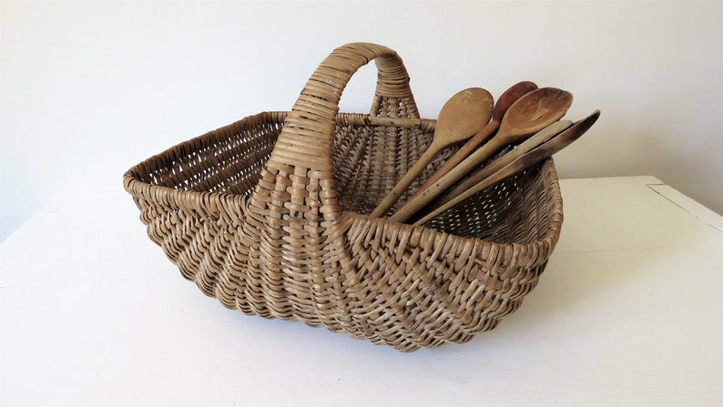 Vintage French Woven Wicker Basket French Basket image 0