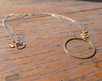 6 yellow sapphires with gold circle necklace 34001