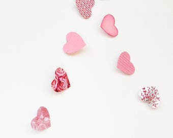 Pink garland in paper hearts
