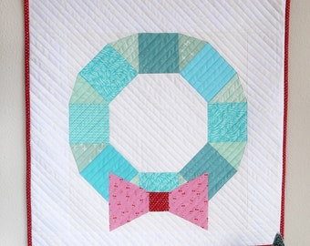 Scrappy Wreath Mini - PDF Paper Piecing Quilt Pattern