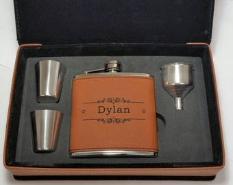 Best Man Personalized Gift, Engraved Leather Flask Set, Leather Box, Groomsman, Bridal Shower Gift, Hip Flasks, Personalized Flask