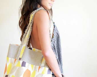 casual weekend tote bag SEWING PATTERN with easy to follow instructions