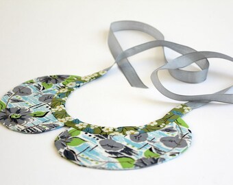 Peter Pan style detachable COLLAR made from vintage feed sack fabric