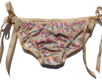 Ladies Liberty print cotton KNICKERS with pretty elastic trim and functional ribbon ties in size 10
