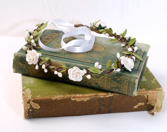 Floral headpiece crown for brides, Rustic ivory headband, Flower wedding hair piece, Leaf bridal rose head piece, Fairy garden head wreath