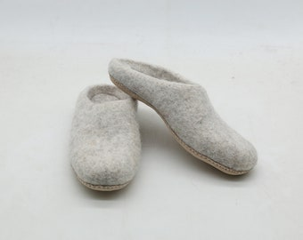 3263ac3982d07e Felt slipper - felted slipper - wool slipper - handmade slipper - warm felted  slipper - felt shoes - felt wool slippers (Gray)-free shipping