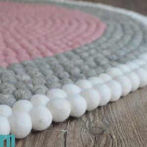 Felt Ball Rug-Pink Multicolour Carpet-40cm wool felt rug-Room Felt Carpet-Fair trade-100/% Wool-Housewarming Gift-Nursery Decor-Organic-