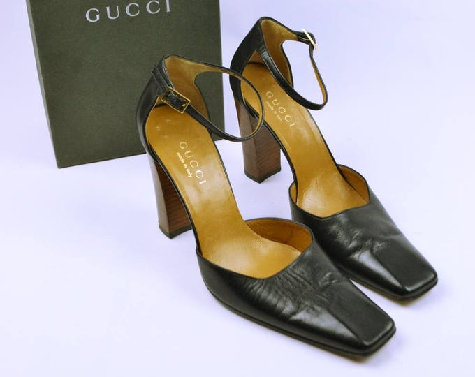 Gucci 2000's Stack Wooden Heel Square Toe Mary Janes Nearly New 39.5 Black Leather Ankle Straps with Box