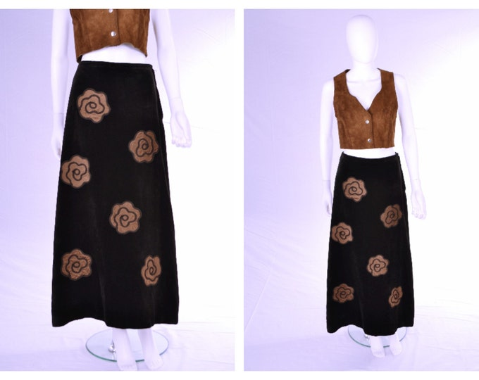 Beautiful Vintage 60's 70's Black Velvet Maxi Midi Skirt with Brown Satin Celia Birtwell Style Floral Adornment 26 inch Waist A Line
