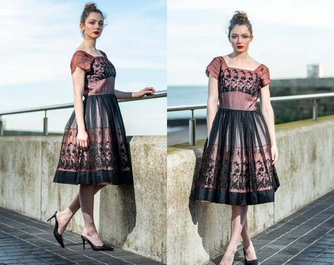 Vintage 1950s 50s Nude Ombre  Black Embroidered Full Skirt Cocktail Party Dress S
