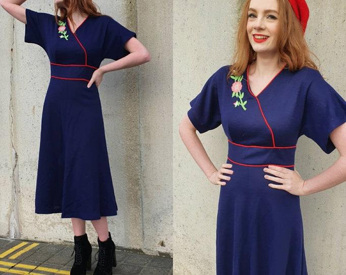 Vintage VTG Mr Ant 1970s 70s does 30s Blue  Jersey Knee Length Tea Dress with Floral Applique S UK 8