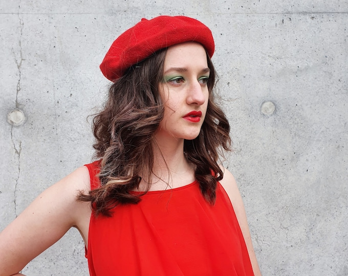 RED Wool Mix Beret One Size Brand New