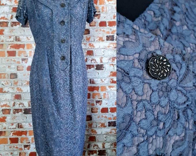 Vintage 1950s 50s Dusky Blue Lace Knee Length Wiggle Dress Mad Men Button Detail UK 8 10 S M