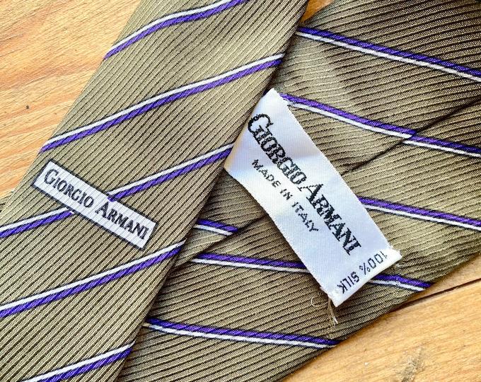 Vintage 90s Giorgio Armani  Green Stripe 100% silk tie. Made in Italy