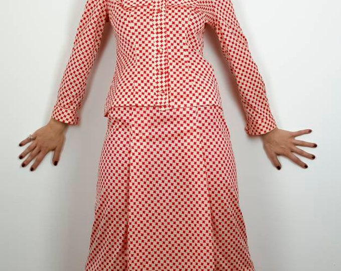 Vintage 1970s 70s Polyester Red &  White Op Art Houndstooth Check Print Skirt and Blouse Ensemble.M