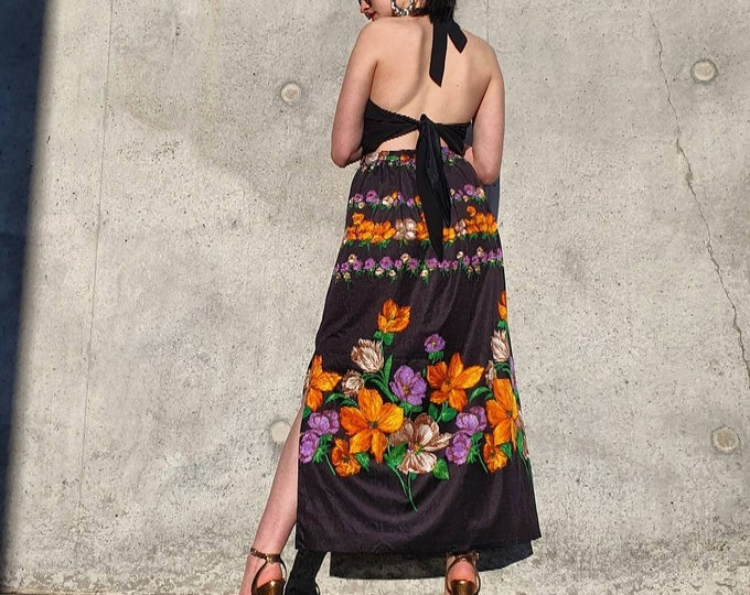 Amazing vintage 70s 1970s Black and Floral Maxi Skirt with Slit UK 8 S